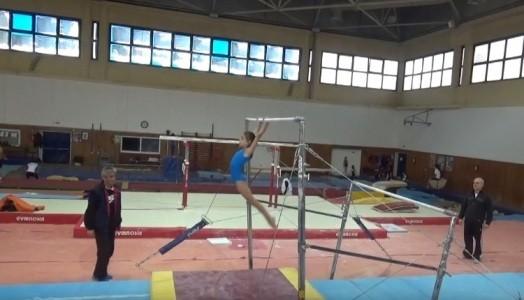 Δεκτές και αθλήτριες 8 ετών στον διασυλλογικό αγώνα ενόργανης Ε' κατηγορίας